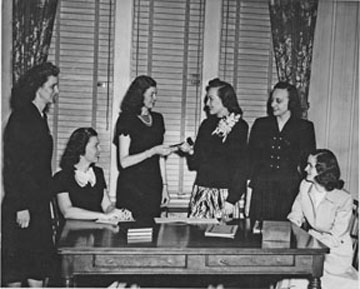 Beta Sigma Phi officer installation (1948)